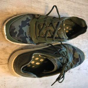 Adiboost Adidas Camo Sneakers